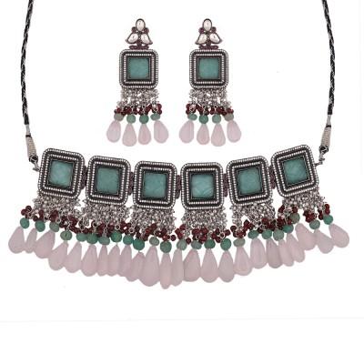 Ishika Necklace Set