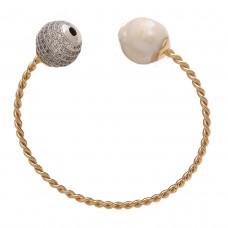 Baroque pearl cuff